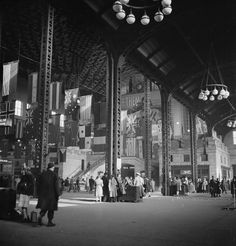 Chicago Past: Photo Union Station Chicago, Chicago Area, Gandy Dancer, Look At This Photograph, Chicago Buildings, Go Cubs Go, Chicago Photos, Old Advertisements