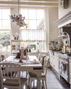 Beautiful kitchen, custom made @ Living-in by Helen de Boer, Edam, the Netherlands @Helen de Boer