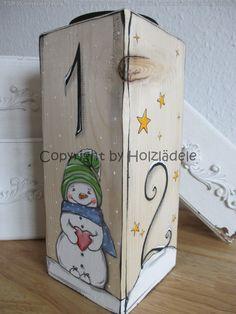 Erst eins, dann zwei, dann drei, dann ..... hier habt ihr alle vier auf einem tollen alten Holzbalken! Mal ein anderer Adventskranz ;) Jede Seite ist einem Advent gewidmet und mit viel Liebe...
