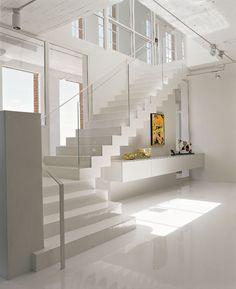 Escalier blanc et verre - élégant  #white #stairs