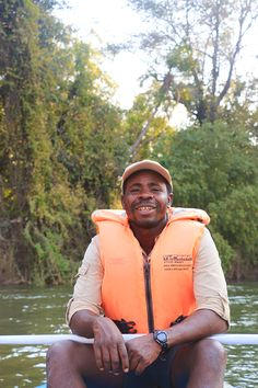 Guide SK on a canoeing trip with guests from Relais & Châteaux. Victoria Falls, Canoe Trip, Canoeing, Rafting, Cruise, Southern, Africa, Activities, Explore