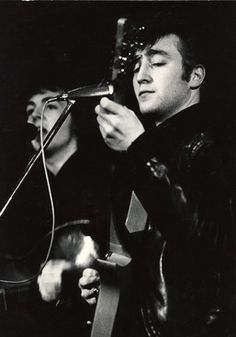 """Jürgen Vollmer was a friend of The Beatles during their time in Hamburg in the early 1960s. He quickly became one of the band's photographers and was also responsible for the """"Beatles haircut"""". John Lennon was particularly impressed with Vollmer's photos and used one of his favourites on the cover of his 1975 album 'Rock 'n' Roll'."""