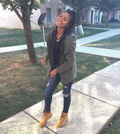 pinterest: @kiaylla Timbs Outfits, Timberland Outfits, Chill Outfits, Dope Outfits, Outfits For Teens, Casual Outfits, Timberland Heels, Timberlands, Timberland Fashion