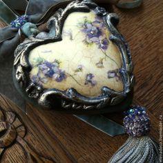 """Купить Сердце и Колокольчик """"Violettes"""" - разноцветный, сердце, колокольчик, Подвес, Декор, декор для интерьера"""