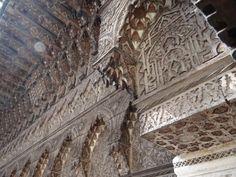 Houtsnij werk poort museum Nejjarine Fez Morocco, Louvre, Museum, Building, Travel, Viajes, Buildings, Trips, Museums