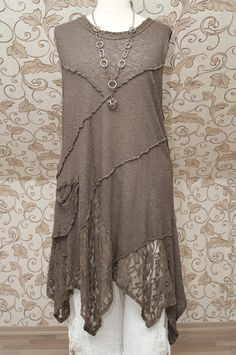 SARAH SANTOS QUIRKY MOCHA BROWN TUNIC ~ Recently purchased this