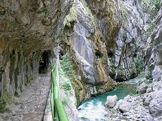 Ruta de Cares (Spain), one of the most beautiful routes in Europe. Great Places, Beautiful Places, Asturias Spain, Spain Travel, Family Travel, Trail, Waterfall, Places To Visit, To Go