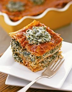 Ricotta cheese made out of tofu — and it tastes good! Try this vegan lasagna and see what we're talking about. Get the recipe for Tofu Spinach Lasagna Vegan Foods, Vegan Dishes, Vegan Vegetarian, Vegetarian Recipes, Healthy Recipes, Diet Recipes, Vegan Raw, Eat Healthy, Healthy Meals