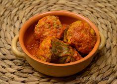 I carciofi ripieni con il tappo d'uovo sono una incredibile delizia della cucina siciliana, un ricco secondo ma anche un gustoso piatto unico.