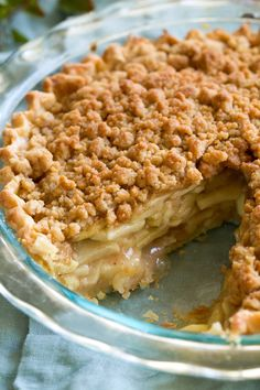 Dutch Apple Pie - my favorite pie! Made with flakey buttery pie crust, sweet, spiced apple filling and a delicious crumb topping. Apple Pie Recipe Easy, Best Apple Pie, Homemade Apple Pies, Apple Crisp Recipes, Dutch Apple Pie Recipe Pioneer Woman, Dutch Apple Crumb Pie Recipe, Apple Pie Crumble Topping, Apple Crisp Pie, Apple Filling