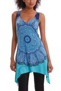 Desigual women's Jolye T-shirt. A long T-shirt with an irregular hem and an abstract print featuring lots of diamanté appliqués that finish off the design. Rock Outfits, Spring Outfits, Cool Style, My Style, Online Fashion Stores, T Shirt, Gray Shirt, Dress Skirt, Women Wear