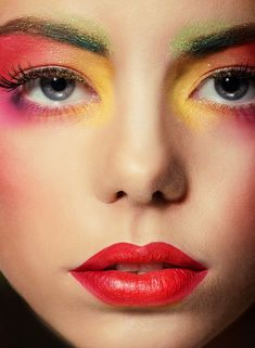 A perfect #makeup gives you the brightest face-look that's different from others.