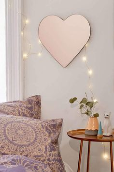 Urban Outfitters Heart Mirror - This mirror would make a great vanity if you set it low against a table. Or use it as part of your Valentine's Day decor. Home Decor Accessories, Decorative Accessories, Decor Interior Design, Interior Decorating, Mirrors Urban Outfitters, Deco Rose, Heart Mirror, Diy Home Decor, Home Improvement