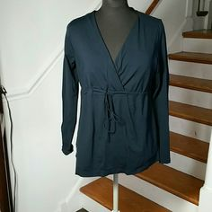 Pick 5 items for 30.00 Maternity Blouse by Gap we are a pet and smoking home Location 1 Gap Tops