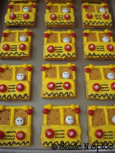 Sizzle N Spice: School Bus Cake, Cupcakes and Cookies