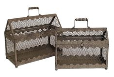 10 Hot Wedding Trends for 2013--#6 Chicken Wire: card box (www.3d-memoirs.com) #chicken_wire #weddings