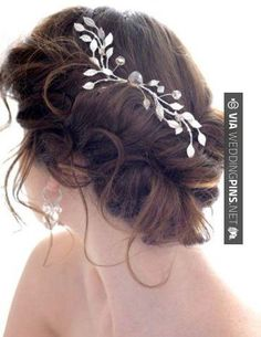 So good - hair idea | CHECK OUT MORE GREAT WEDDING HAIRSTYLES AND WEDDING HAIRSTYLE INSPIRATIONS AT WEDDINGPINS.NET | #weddings #hair #weddinghair #weddinghairstyles #hairstyles #events #forweddings #iloveweddings #romance #beauty #planners #fashion #weddingphotos #weddingpictures