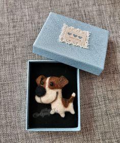 Купить Брошь валяная из шерсти Собака в интернет магазине на Ярмарке Мастеров