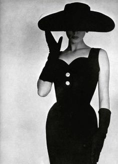 1950s . . . . style and elegance. Love this era and the fashion!