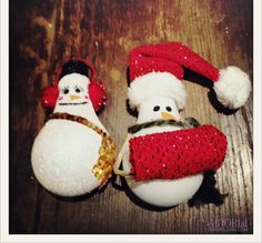 DIY LIghtbulb Snowmen Ornaments
