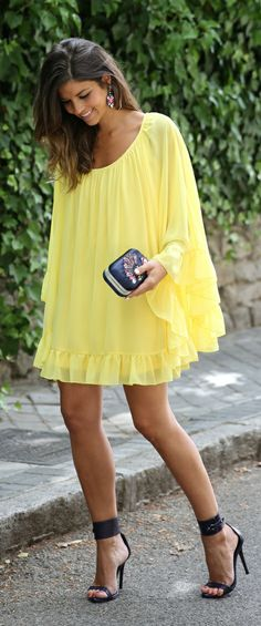 pretty yellow summer dress