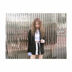 @blackpinkofficial Instagram Update with Jennie
