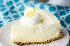 Lemon Cheesecake- no bake cheesecake that just screams Spring and Summer