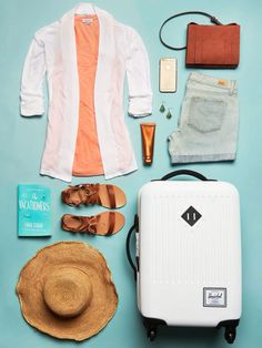 Loving this summer travel look!