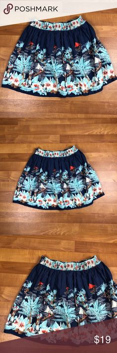 Tommy Hilfiger Hawaiian Print Skirt Elastic Sz XL Tommy Hilfiger elastic waist full Hawaiian Print skirt. Super cute and in excellent condition. Great for spring!! Size XL Tommy Hilfiger Skirts A-Line or Full