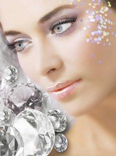 'Tis the season to sparkle and shine! Ask us about the many ways we can make your skin radiant this holiday season. (478) 743-2299