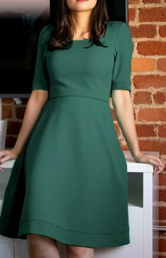 This beautiful dress is made with amazing collagen-infused fabric that cools and softens skin while offering superior UV protection. Modest Dresses, Simple Dresses, Pretty Dresses, Beautiful Dresses, Casual Dresses, Green Dress Casual, Frock Fashion, Modest Fashion, Fashion Dresses