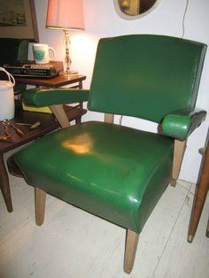 Viking Artline chair in emerald green
