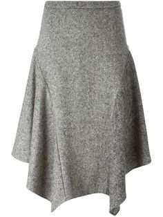 """Pants to skirt"" Stella McCartney jupe asymétrique en tweed Plus Skirt Outfits, Dress Skirt, Waist Skirt, Ladylike Style, Draped Skirt, Tweed Skirt, Asymmetrical Skirt, Mode Style, Dress To Impress"