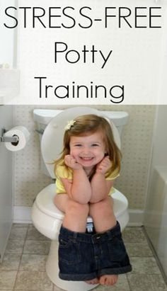 You can toilet train your baby just in a couple of days. Learn more how to potty train your toddler fast without stress. Potty Training Girls, Thing 1, Toilet Training, Disposable Diapers, Baby Hacks, Baby Tips, Training Tips, Training Pants, Parenting Advice