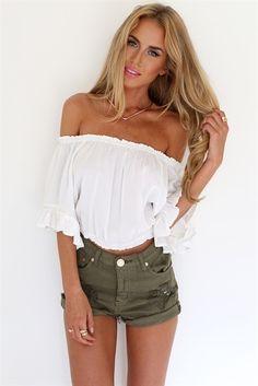 Cream Gypsy Top - Tops by Sabo Skirt Summer Outfits, Casual Outfits, Cute Outfits, Fashion Outfits, Outfits 2016, Passion For Fashion, Love Fashion, Fall Fashion, Look 2015