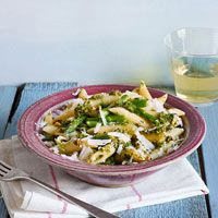 Penne with Asparagus, Mint and Pistachios! Very yummy... I used almonds instead since I had them on hand!