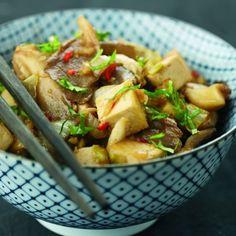 Oosters gewokte tofu met oesterzwammen en witloof · EVA maakt het plantaardig