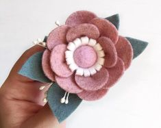 Felted wool red necklace felted jewelry felt flowers felt flower brooch unusual necklace red flowers roses floral lariat art to wear – felt Diy Crafts How To Make, Felt Crafts Diy, Felt Diy, Handmade Felt, Felt Roses, Felt Flowers, Diy Flowers, Fabric Flowers, Rose Flowers