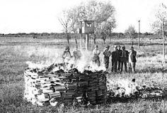 El 26 de junio de 1980 se produjo en Sarandí una de las quemas más importantes de libros de la editorial del Centro Editor de América Latina (Argentina).