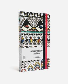 Fashionary x Henrik Vibskov Mini Planner. Fashionary team up with Idiosyncratic Danish artist & designer Henrik Vibskov to create the 1st ever pocket size 2015 Fashionary planner with his signature African print. A 16-month weekly planner, it is portable, practical & daily use planner for fashion week. There are also indicating dots on the top lines for easier time scheduling and help you to stay focus on time-oriented tasks. http://www.zocko.com/z/JHZF2