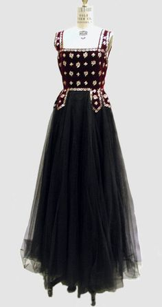 1938 evening dress    to design and look good in my own one of a kind evening dress