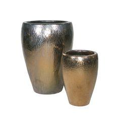 Vasos e floreiras vietnamitas,deixa seu ambiente mais colorido ,com texturas e tamanhos variados são opções práticas e elegantes para integrar ambientes interno e externos, como varandas , jardins e piscinas. Faça seu orçamento conosco: contato@mmrepresentacoes.com.br #vasosvietnamitas #vasosvitrificado #vasos #floreiras #jardim #jardimdeinverno #varanda #interiores #exteriores #desing #decor #designinteriores #decoração 