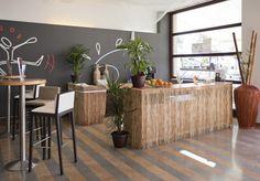 Te sorprenderá la decoración de nuestra cafetería del mejor hotel de Fuengirola. http://www.ilunionfuengirola.com/ #ILUNION #fuengirola