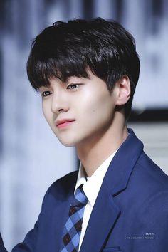 Lộ diện những gương mặt đầu tiên tham gia Produce X101: Từ nam thần 6 múi đến center nhóc tì! Lee Dong Wook, Kim Donghyun, Medical Miracles, Korean Tv Shows, Gun Gale Online, Le Net, Boy Idols, Park Hyung Sik, Woollim Entertainment