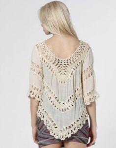 Blusa Kanui Clothing & Co. Renda
