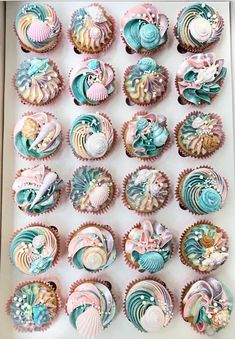 Mermaid cupcakes – For all your cake decorating supplies, please visit www.craft… – … Mermaid cupcakes – For all your cake decorating supplies, please visit www. Pretty Cakes, Beautiful Cakes, Amazing Cakes, Wedding Cupcakes, Birthday Cupcakes, Party Cupcakes, Themed Cupcakes, Wedding Cake, Number Birthday Cakes
