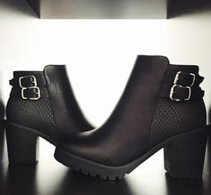 Must have | Back to school #black #boots #heels