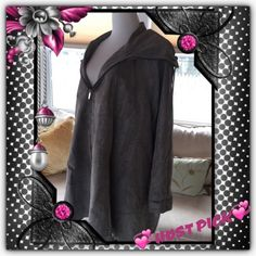 FIRM🌎VINTAGE SWING COAT💞HP@mytherapy @miami_wife This is a rare find! Excellent vintage condition! Perfect! Striking statement coat, 100% viscose, full zipper closure, 1 inner zipper picket, what appears to be satin lining. Color is silver / grey, subtle shimmery pattern. I do believe it's one of a kind. It is a true size small, measurements to follow. Drawstring collar for weather protection. Not found in stores, on other sites, words & pics cannot do justice! Vera Pelle Italiana Jackets…