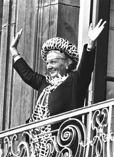 """Juliana (died on 20 March 2004) was Queen of the Netherlands between 1948 and 1980. In the 1940s Juliana came under the spell of Greet Hofmans, a faith healer with heterodox beliefs. In 1956, Hofmans' influence would almost bring down the House of Orange in a constitutional crisis that caused the court and the royal family to split. Juliana's husband Prince Bernhard von Lippe-Biesterfeld even planned to divorce his wife but decided against it when he """"found out that the woman still loved…"""