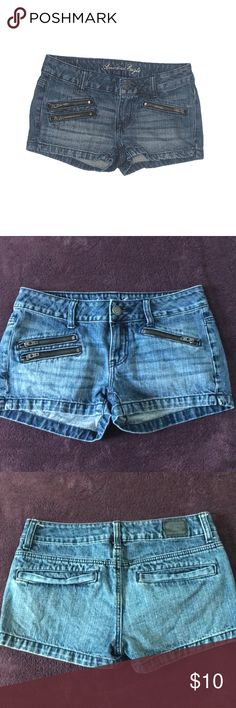 American Eagle zipper denim shorts NEW Ae denim zipper shorts  new without tags  Front waist measures 14.5 inches  100% cotton American Eagle Outfitters Shorts Jean Shorts